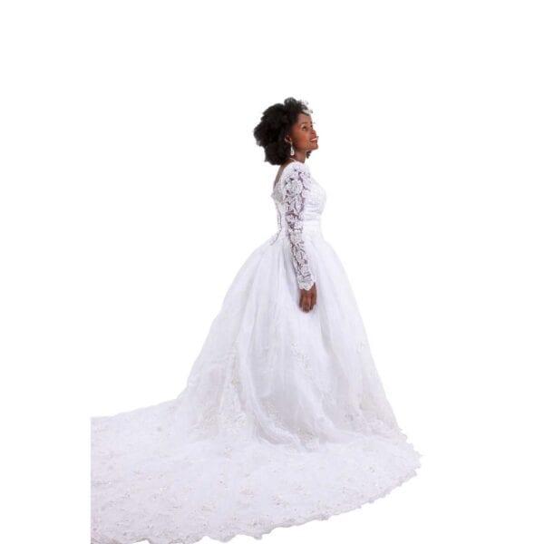 Oleg-Cassini-wedding-dress side view